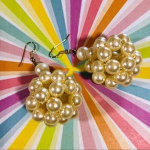 Vintage 80's pearl ball drop earrings